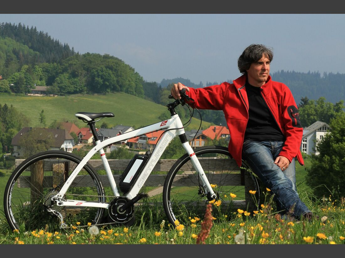 UB_Schwarzwald_E-Bike_Action_S_Hotz_bergwerk_marketing1 (jpg)