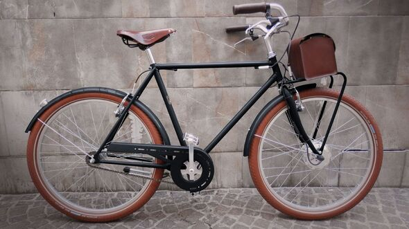 UB-Velorapida-Retro-E-Bike-country-man-b---graphite-black (jpg)