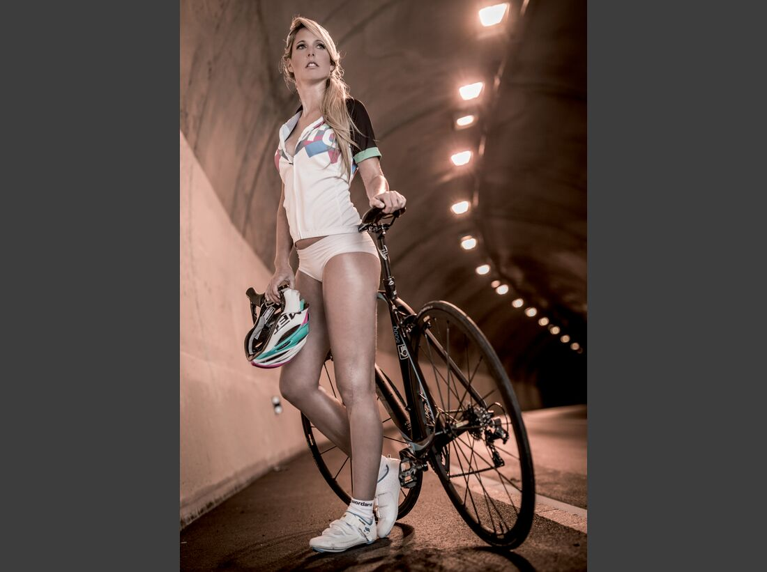 rb-sexy-cycling-kalender-2015-nov (jpg)
